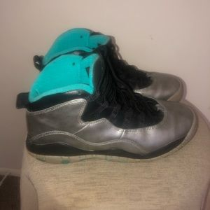 Retro Jordan Lady Liberty's